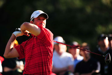 Mike Weir withdrew from the Canadian Open with an injured elbow.
