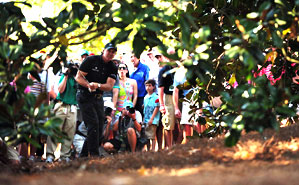 Mackay says Mickelson's final-round par saves at 9 and 10 were almost as important as later birdies.