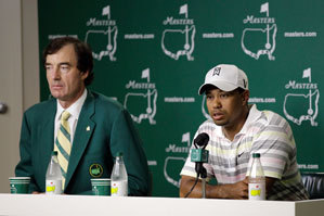 Tiger Woods, right, with Craig Heatley, chairman of the Masters Media Committee.