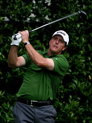 Mickelson finished at 11 over par last year.