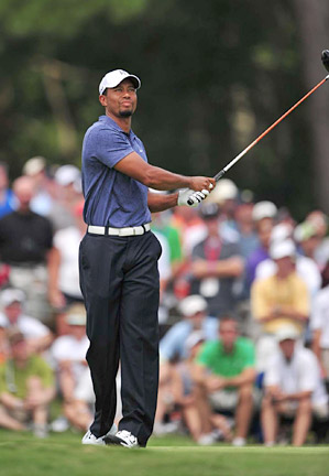Fred Couples has informed Tiger Woods that he will be added to the U.S. Presidents Cup team.