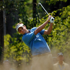 Jeff Overton made eight birdies and two bogeys Saturday.