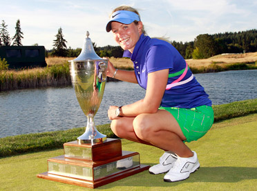 Suzann Pettersen defeated Na Yeon Choi in a playoff to win the Safeway Classic.