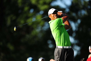 Tiger Woods made five bogeys, a double bogey and two birdies on Saturday.