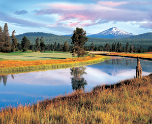The stunning 9th hole at Sunriver's Crosswater course.
