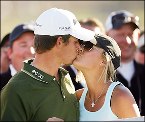 Aaron Baddeley is hotter than ever -- just ask his wife, Richelle.