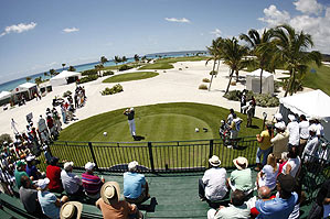 As Norman drove on the 10th, the expansive view symbolized the shrinking tour's hopes for wider overseas horizons.