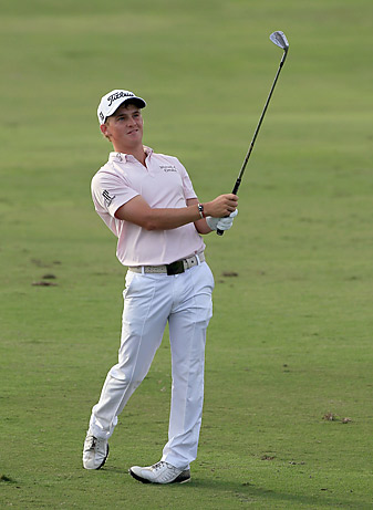 Bud Cauley fired a 62 to tie for the lead.