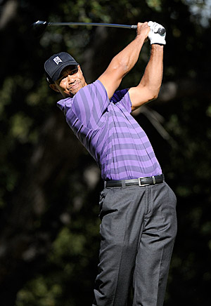 Tiger Woods can regain the No. 1 ranking with a win this week.