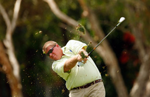 John Daly is expected to miss the cut after shooting a 77 on Friday.