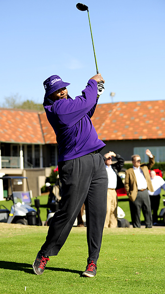 Chris Doleman tees off at the Hall of Fame Players Classic in Metairie, La.
