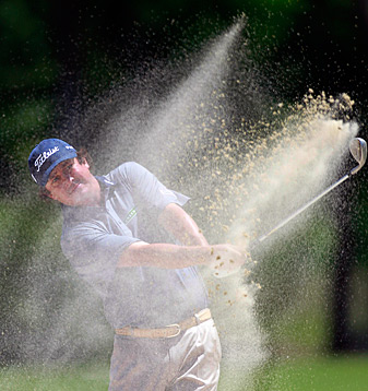 Jason Dufner made six birdies and one bogey.