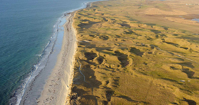 """PRIME LINKSLAND: In 1891, when Morris first walked this machair on the Atlantic side of the Hebridean island of South Uist, he needed only one word to describe it: """"Staggering."""""""