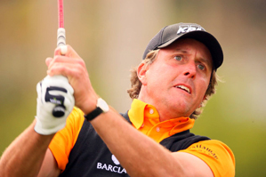 After some early struggles, Phil Mickelson rallied to defend his title at Riviera.