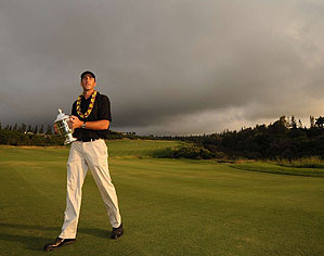 Ogilvy, an Australian, jumped to ninth in the World Ranking by taking the SBS with a 22-under-par 270. The tournament has been won by an international player for nine consecutive years.