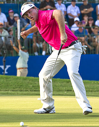 Russell Henley made seven birdies and no bogeys on Friday.