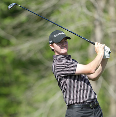 Jimmy Walker shot a nine-under 63 to move into first place Thursday at Redstone Golf Club.