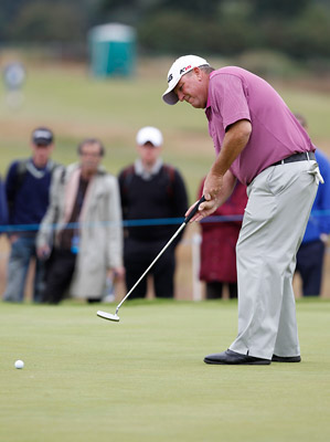Mark Calcavecchia surrendered a three-shot lead to fall into a three-way tie for first heading into the final round.