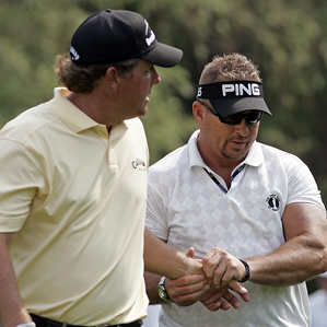 Phil Mickelson got a massage from Jim Weathers, a former Green Beret who has PGA Tour credentials as a trainer. Mickelson withdrew from the Memorial with an injured wrist.