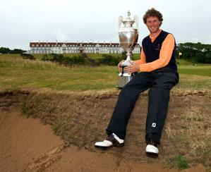 Reinier Saxton of the Netherlands won the British Amateur Championship Saturday.