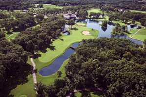 The closing hole on the Lakeside nine at Cantigny Golf Course.