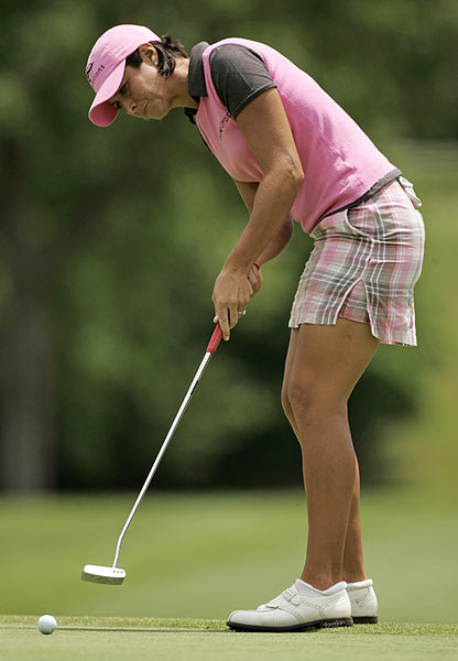 Laura Diaz also has a share of the lead with her 64, which included an eagle on the par-5 17th.
