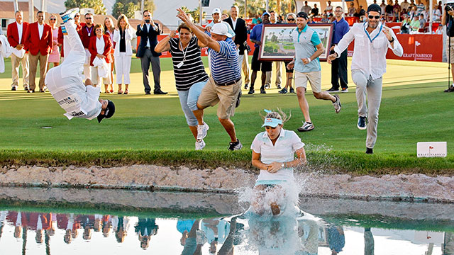 After a week in which she made but one bogey over the last 55 holes, Thompson took the plunge into Poppie's Pond.