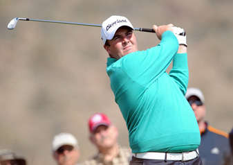 Shane Lowry beat Rory McIlroy and Carl Pettersson to make the final 16.