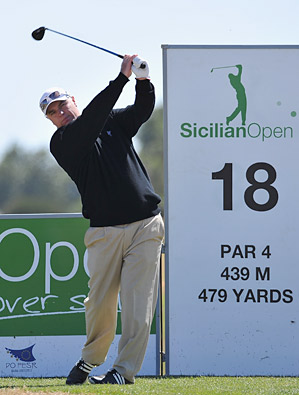 Stephen Dodd is tied with Jose Manuel Lara after shooting an opening-round 65.
