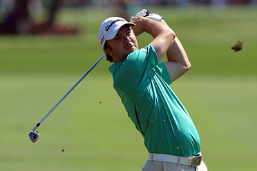 Laird birdied the 18th hole to take sole possession of the lead heading into the weekend.