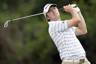 Laird played a consistent round, growing his lead to two shots heading into Sunday.