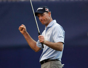 Jim Furyk made a bogey on 18, but it was good enough to win his first tournament since 2007.
