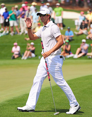Adam Scott had lots of success using a belly putter at the 2011 Masters.