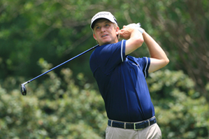David Toms made two birdies, four bogeys and a double bogey on Saturday.