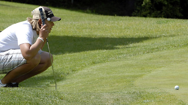 Katherine Hull made birdies on 17 and 18 to shoot a four-under 68.