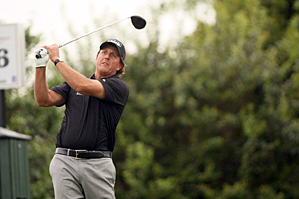 Phil Mickelson made six birdies and no bogeys on Friday.