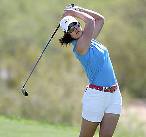 Wie shot a 1-over 73.