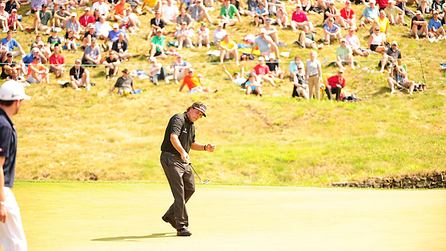 Mickelson fought off fatigue from a red-eye flight to shoot 67 in the first round.