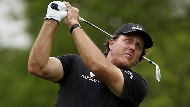 Phil Mickelson showed little sign of injury during his round of 68.