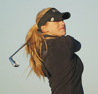 Belen Mozo is tied for eighth with a large group of players at four under.