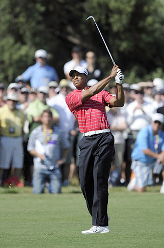 Woods made his first birdie of the event early on Day 2.