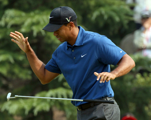 Tiger Woods made four bogeys and three birdies on Saturday.