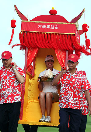 Helen Alfredsson shot a 7-under 65 on Sunday to win the Grand China Air tournament.