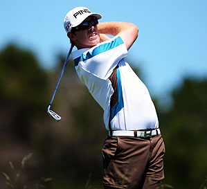 Hunter Mahan shot 65 on the par-72 Cape Kidnappers course.
