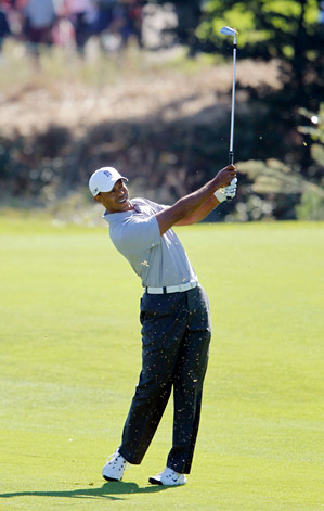 Tiger Woods shot a second-round 68 at the Frys.com Open on Friday to make the cut.