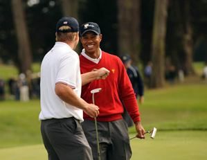 Tiger Woods and Steve Stricker won their match 6 and 4 over Geoff Ogilvy and Ryo Ishikawa.