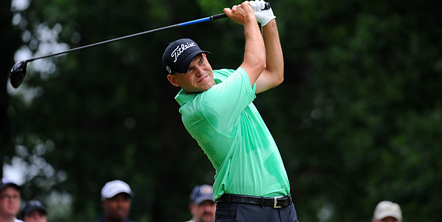 Bill Haas pulled away Sunday at Congressional for a three-shot victory.
