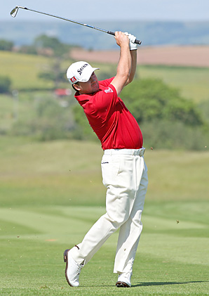 Graeme McDowell shot a 67 Thursday at the Wales Open.