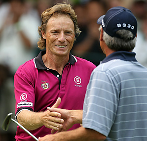 Berhard Langer shot a final-round 67 to pull away from Fred Couples in the day's final pairing.