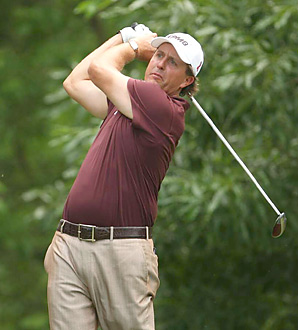 Fresh off his win at the Masters, Phil Mickelson finished in second place at Quail Hollow on Sunday.